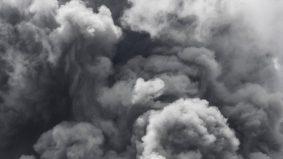 Bayangkan dunia gelap diselaputi asap tebal selama 40 hari, ketika itu munculnya ad-Dukhan…