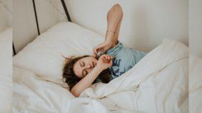 Susah tidur, liat bangun pagi? Ini punca dan ubatnya…