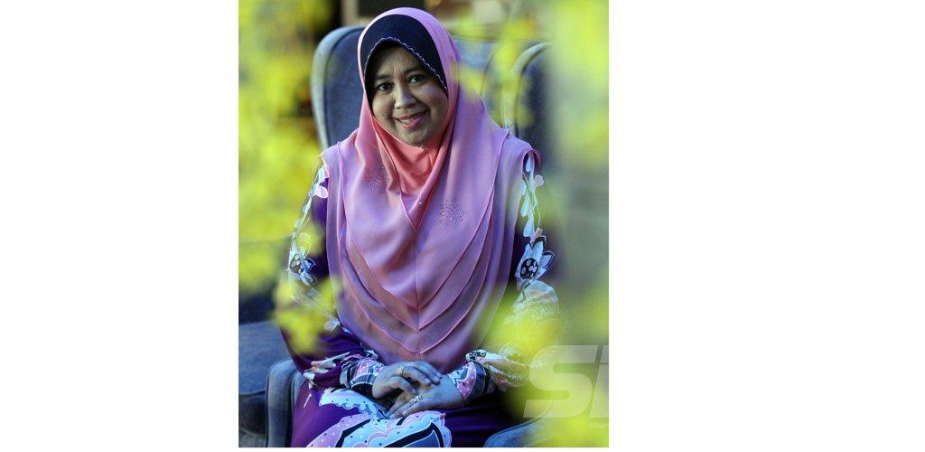 Ustazah Siti Nor Bahyah Mahamood