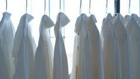 Baju putih kotor & lusuh! Ini tip baju kembali putih macam baru beli