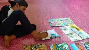 Mohd Khairuddin mampu pandu kereta KL - Kelantan, hasilkan 500 lukisan hanya guna kaki