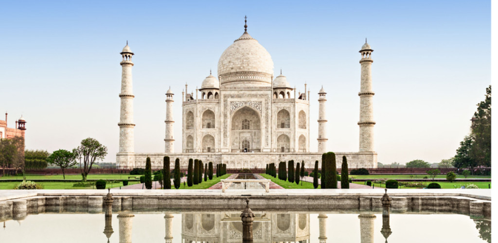 Taj Mahal dibuka semula walaupun kes COVID-19 lebih 4.2 juta