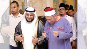 Mufti Besar India dan qari terkenal dunia, Misyari Rasyid doakan kesembuhan Dr Zulkifli