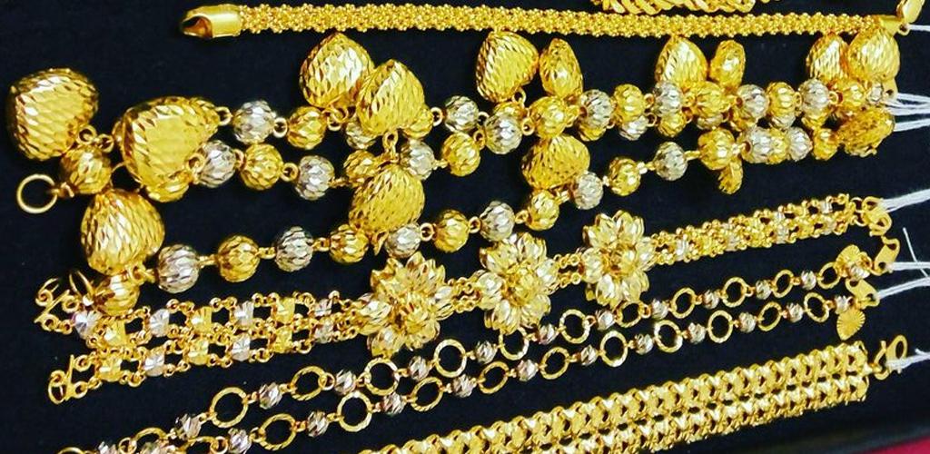 Kedai emas diserbu namun awas! Anda bakal dikenakan kompaun jika langgar SOP