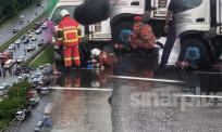 Awas, bahaya lopak air! Penunggang motosikal maut diseret lori sejauh hampir satu kilometer