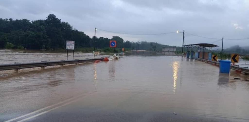 Banjir di pantai timur makin buruk, terus amalkan kawalan kendiri