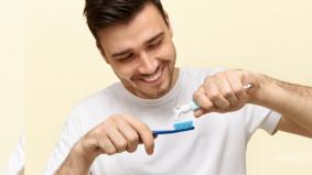 Jangan terus gosok gigi selepas makan, ini sebabnya