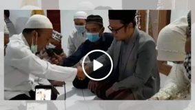 Ini alasan pasangan pengantin di Indonesia nikah di depan van jenazah bapa