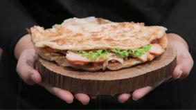 Roti canai garing sarat dengan inti, Liang Crispy Roll tampilsajian kontemporari unik