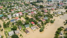 Musim banjir memang banyak risikonya. Waspada 4 risiko penyakit semasa dan selepas fenomena ini