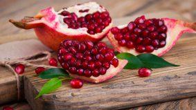 Cegah kanser, kuatkan daya ingatan. Banyaknya khasiat buah delima!