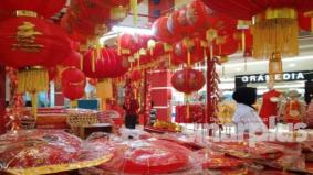 Hanya cuma perlu pandu lalu untuk membeli kelengkapan Tahun Baru Cina, langkah bijak elak jangkitan Covid-19