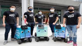 Pelajar Singapura cipta robot penghantar makanan, lebih 6,000 pesanan berjaya dihantar