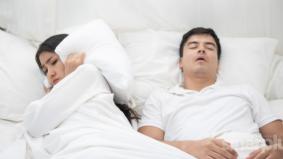 Dengkuran kuat ketika tidur boleh timbulkan komplikasi bahaya. Ini penjelasannya…