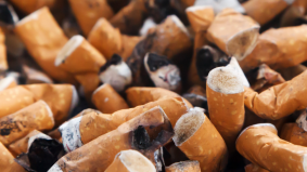 Bahaya kalau biarkan asap rokok 'kekal' dalam rumah, ini 8 cara hapuskan bau dengan mudah