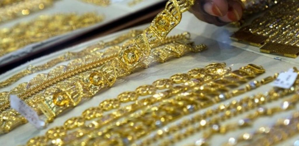 """""""Beli emas ribu-ribu akhirnya tak laku""""- Lelaki kongsi tip kenali emas palsu"""