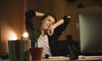 Sering mengantuk pada bulan puasa? Ini 7 tip berguna atasi masalah itu, poin nombor 3 paling win…