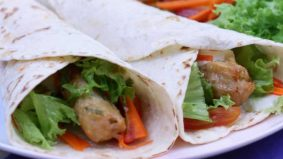 Chicken Roll Wrap mudah dan sedap, sesuai untuk yang diet