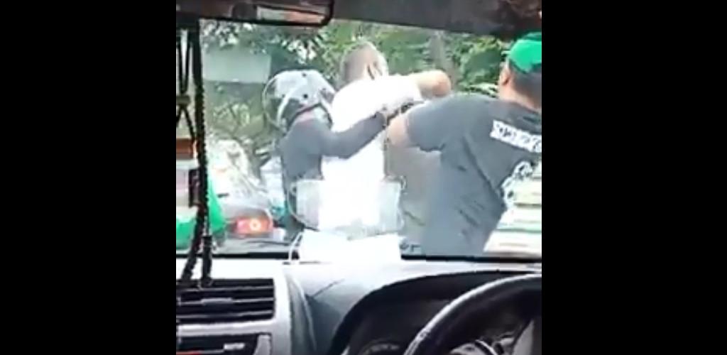 [VIDEO] Rangkul leher, pukul kepala, Lan Pet Pet buat hal lagi?