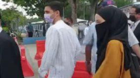 """""""Kerajaan cakap satu kereta tiga orang sahaja, bukan berempat""""- Netizen dakwa Neelofa langgar SOP lagi ke IPD Seremban"""