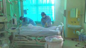 Mengucap kalimah syahadah, video call sebelum 'ditidurkan'. Nurse kongsi kisah pilu perjalanan akhir pesakit Covid-19