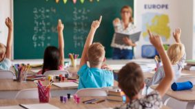 5 negara tawar gaji lumayan buat guru, Malaysia di tangga ke berapa?