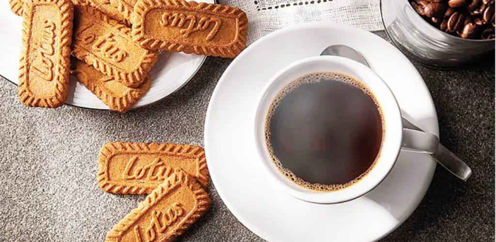 Patutlah Lotus Iced Biscoff Latte, kopi dalgona trending PKP3.0. Cara buat mudah, confirm sedap