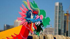 Festival Perahu Naga saji makanan ikut budaya setempat, turut di diraikan di lingkungan Asia Timur