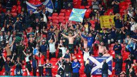 Penangan tonton bola di stadium, hampir 2,000 penyokong Scotland positif Covid-19