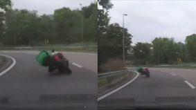 "[VIDEO] ""Corner cecah lutut woo..."" - netizen terhibur aksi rider Grabfood macam pelumba MotoGP"