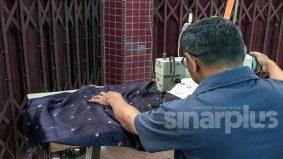 """""""Berkat doa ibu dapat pengampunan Agong, ingin buka kedai jahit"""" - bekas banduan"""
