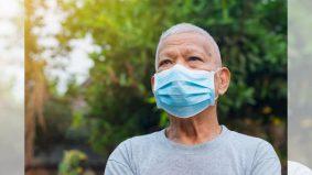 Pakai mask sebabkan warga emas susah bernafas, muka 'naik biru'? Ini yang perlu dilakukan...