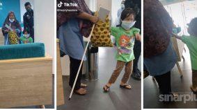 [VIDEO] Kagum dan sebak, budak perempuan setia pimpin tangan ibu cacat penglihatan selepas selesai urusan di bank