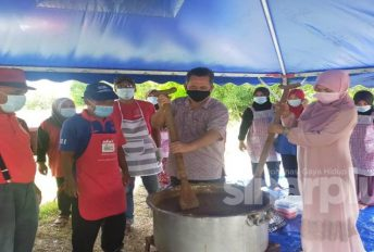 Normal baharu tidak halang tradisi, pertandingan memasak bubur Asyura online tetap meriah!