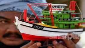 Belajar seni pembuatan bot sejak usia 12 tahun, kini sumber pendapatan lumayan.
